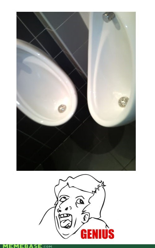genius,pee,Rage Comics,toilet,urinal