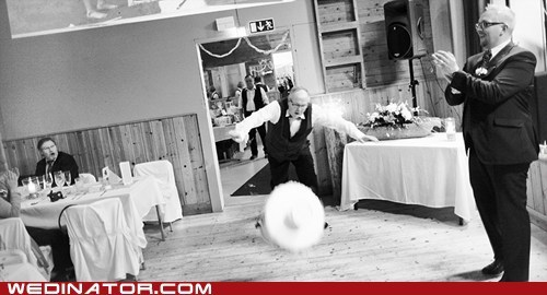 cake FAIL funny wedding photos oops - 6296903936