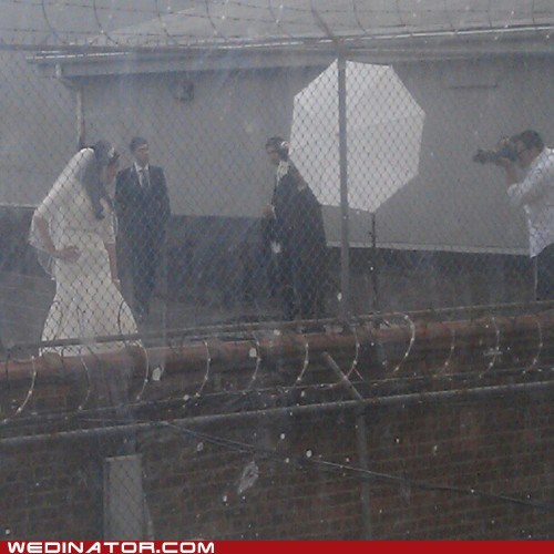 funny wedding photos,photography,prison,rain