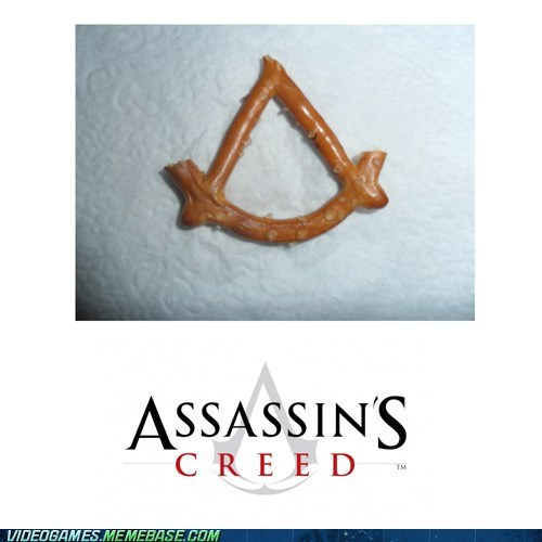 assassins creed,food,IRL,pretzel