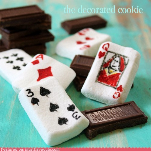 chocolate,epicute,marshmallows,playing cards,poker