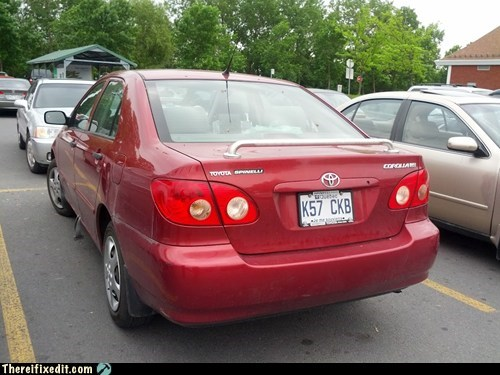 rear spoiler,spoiler,towel rack