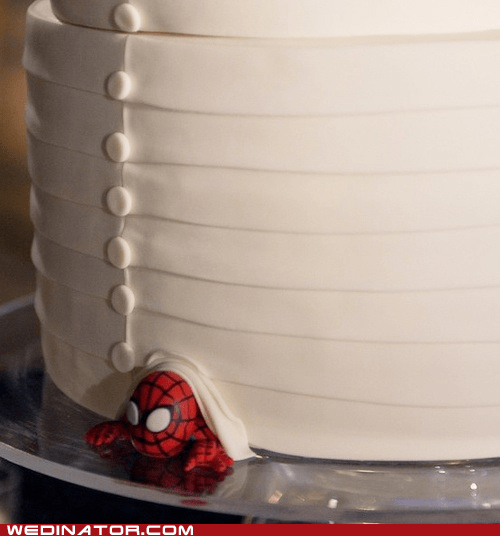comics,funny wedding photos,Spider-Man,wedding cakes