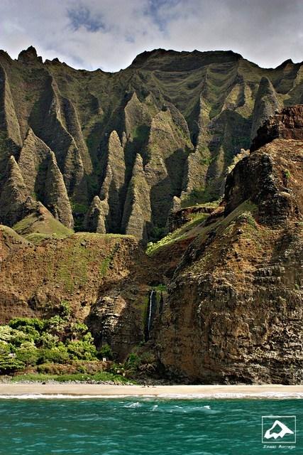 Hawaii island mountain ocean seaside - 6320923136