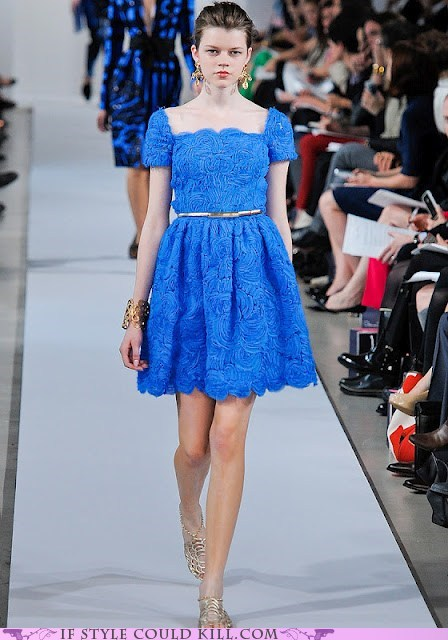 blue cool accessories oscar de la renta resort runway - 6324614400