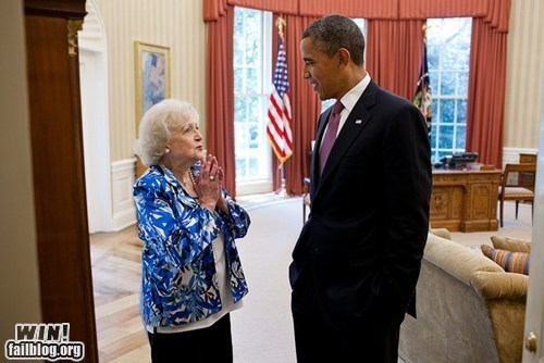 barack obama betty white celeb meeting photography potus president White house - 6324687872