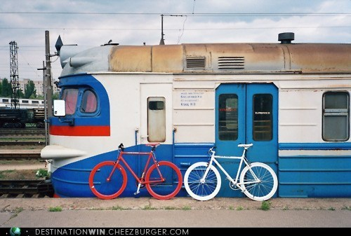 bicycle,train,transportation