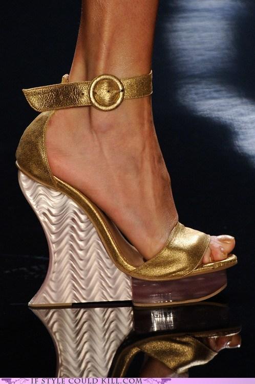 crazy shoes gold heels runway - 6336220928