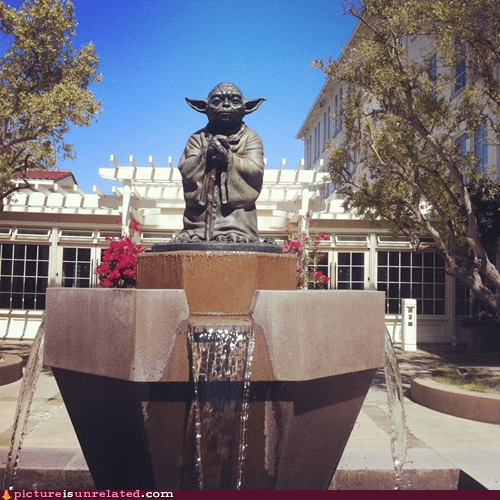 best of week,fountain,star wars,statue,wtf,yoda