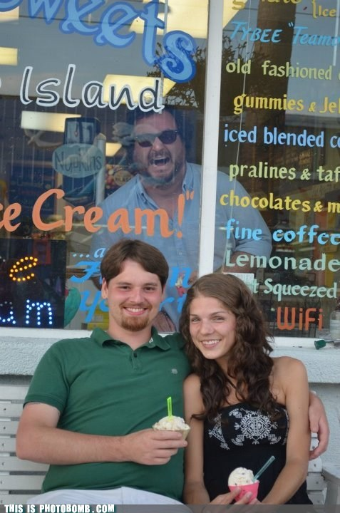 awesome couple couple. ice cream window - 6338822400