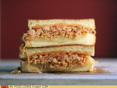 amazing bread cheese kimchi ramen sandwich