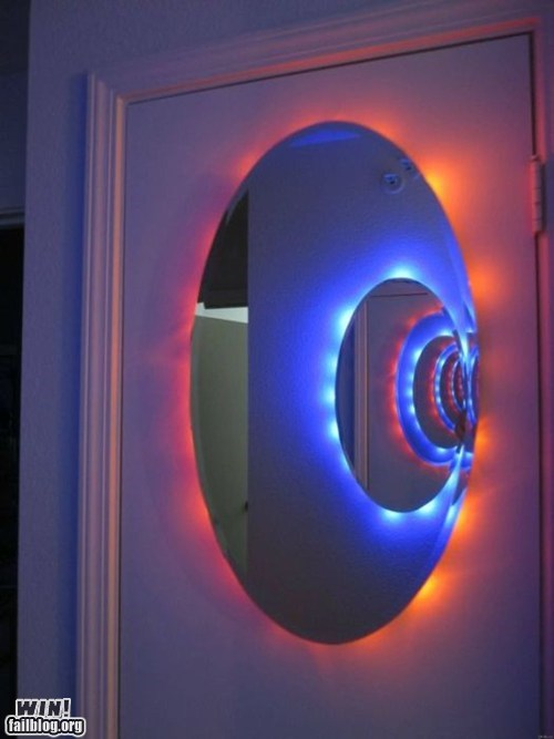 classic design Hall of Fame mirror Portal video games - 6357062400