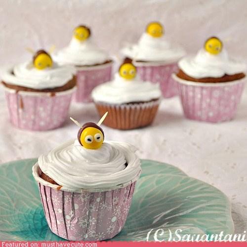 bees cupcakes epicute fondant frosting honey - 6359628288