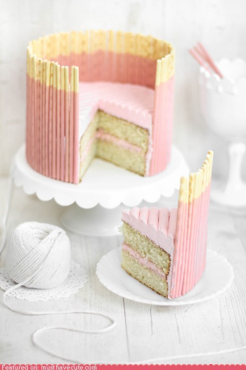 cake,epicute,fence,frosting,pink,Pocky,strawberry