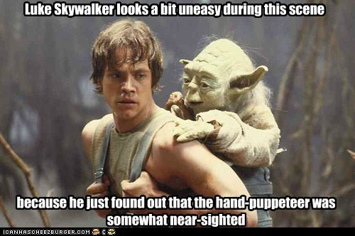 hand luke skywalker Mark Hamill nearsighted puppeteer star wars uncomfortable uneasy yoda - 6380901376