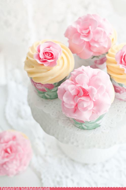 cupcakes epicute flowers frosting gum paste peonies pink - 6394315776