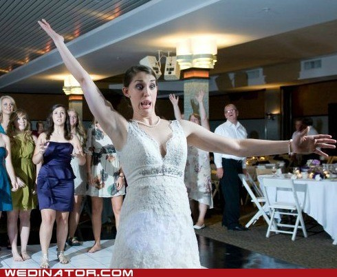 bouquet toss,bride,face,funny wedding photos