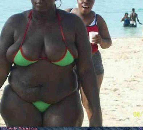 beach bewbs bikini fat lady bits oh god why poorly dressed - 6412047616