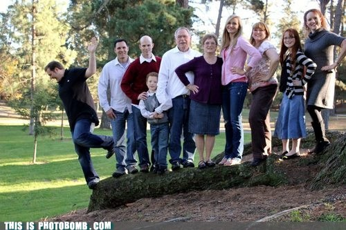 bombing falling family photo oops Perfect Timing