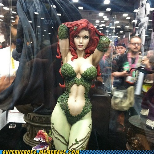 amazing posion ivy Random Heroics sdcc 2012 statue - 6419607552