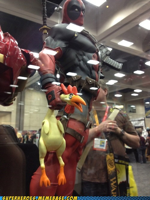 dead chicken deadpool Random Heroics sdcc 2012 statue - 6423902208