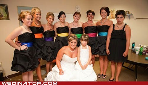 bride,bridesmaids,dress,funny wedding photos