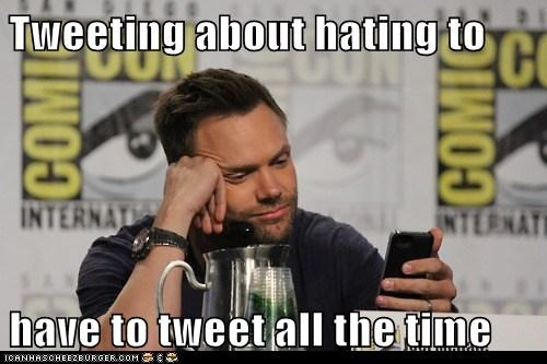 actor,celeb,comic con,funny,joel mchale,tweet