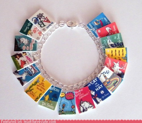 best of the week books bracelet Charms - 6434383616