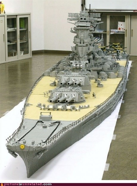 battleship,best of week,cool,lego,toy,wtf