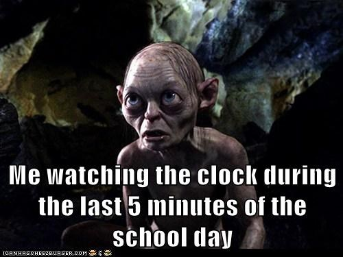 andy serkis,clock,five minutes left,gollum,Lord of The Ring,Lord of the Rings,school,Sméagol,waiting,watching