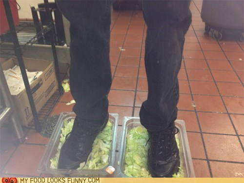 awful burger king employee fired gross lettuce