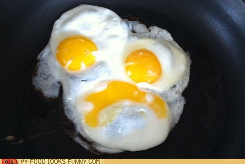 breakfast eggs face horror