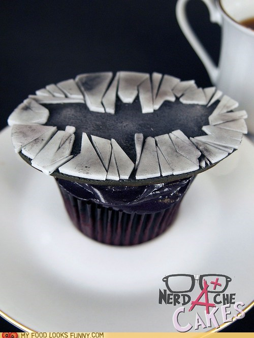batman cupcake dark knight logo fondant