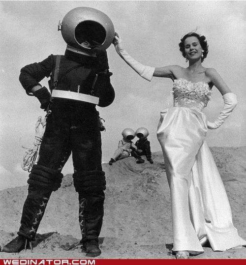 Aliens bride funny wedding photos space suit wedding dress