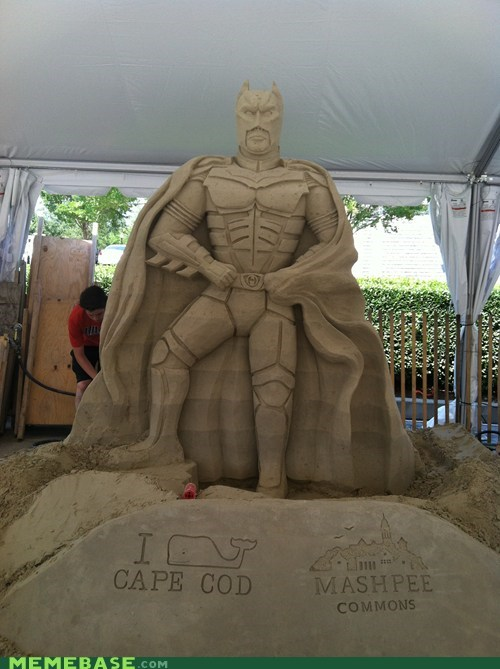 art Awesome Art batman sand sculpture