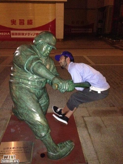 baseball nice timing ouch statue - 6453398272