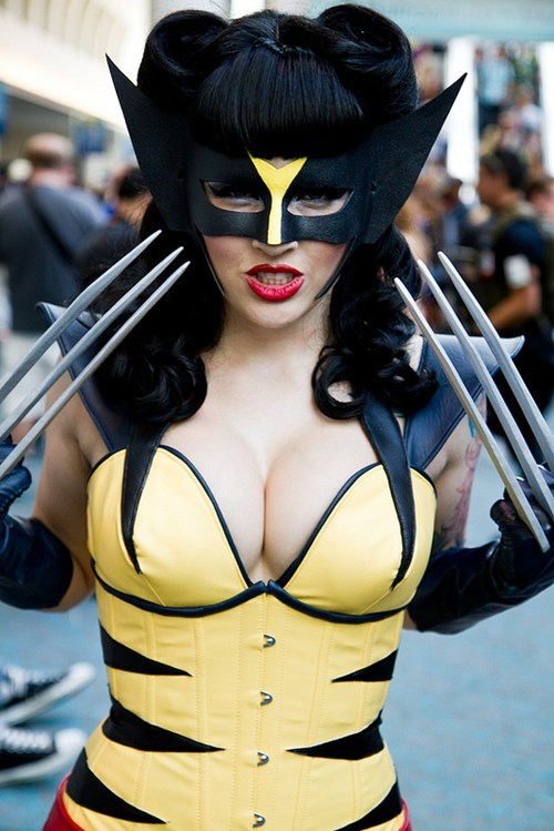cosplay,femme,rule 63,superheroes,wolverine,x men
