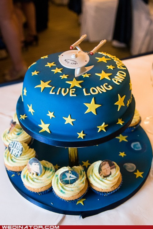 cakes,funny wedding photos,Star Trek,wedding cake