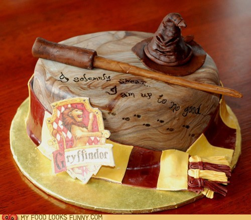 cake fondant gryffindor Harry Potter up to no good