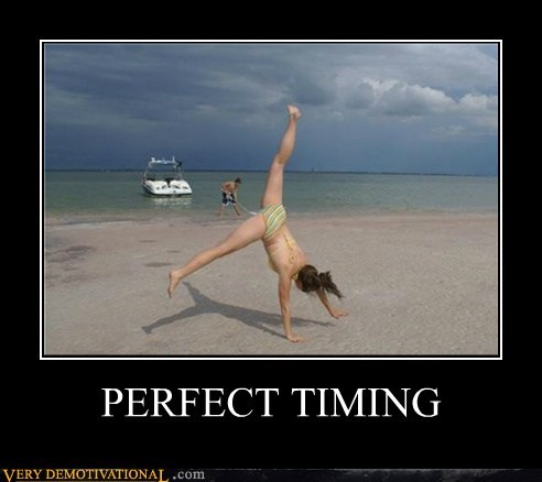 Perfect Timing photobomb Pure Awesome Sexy Ladies - 6469651968