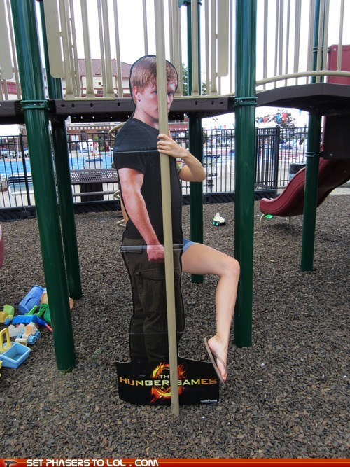 hunger games josh hutcherson peeta mellark pole dancing pose standup - 6475439360