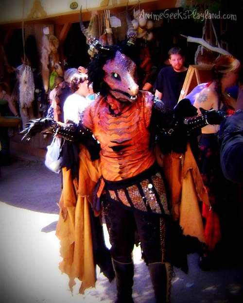 cosplay dragon