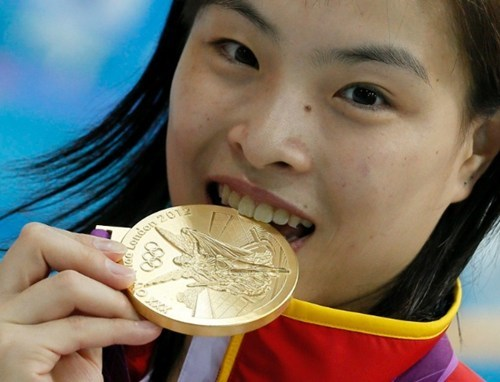 chinese athletes,Heartbreaking Tearjerker,olympic athletes,olympic diving,olympics
