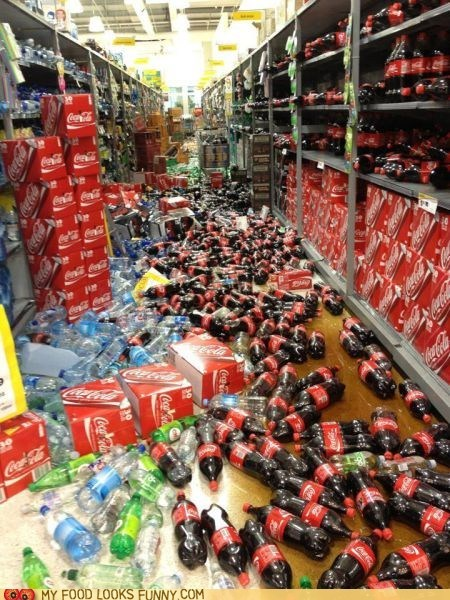 coke,fall,mess,soda,spill,store