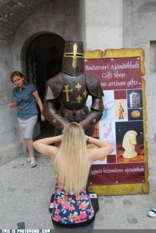 gift shop,knight,Perfect Timing