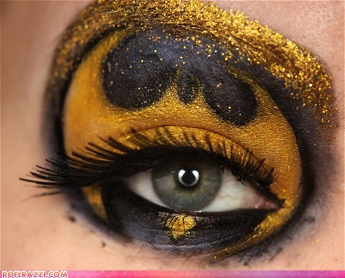 batman eyes funny celebrity pictures makeup - 6489080832