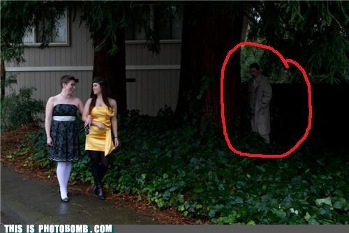 castiel,creeper,creepy sneakers,outside,Supernatural