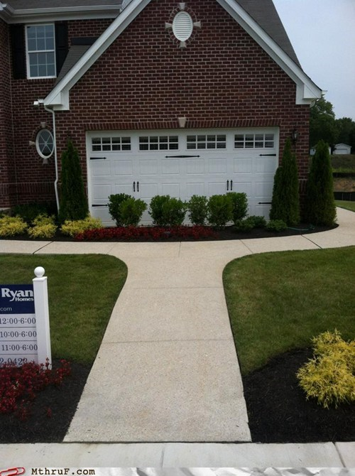 garage garage door sidewalk - 6491397632