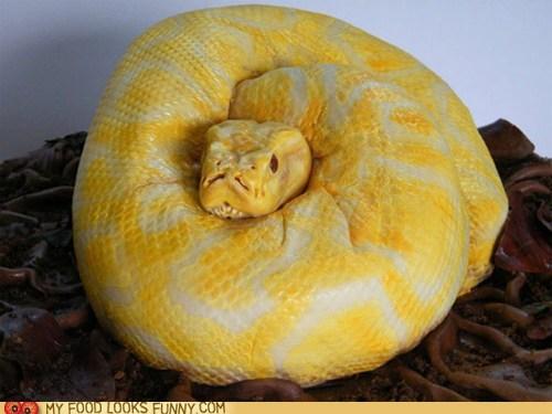 cake fondant realistic scary snake - 6500803840