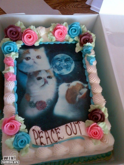 cake cakes Cats moon moons peace out Ron Paul snoopy weird what wtf - 6508265984
